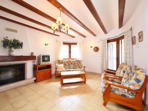 Holiday Home Alfred, Holiday homes  Cumbre del Sol - big - 9