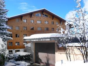 Apartment Mondzeu B244, Apartmány  Verbier - big - 4