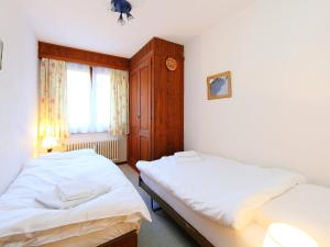 Apartment Mondzeu B244, Apartmány  Verbier - big - 3