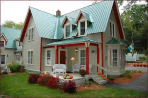 Red Elephant Inn Bed and Breakfast - Accommodation - North Conway