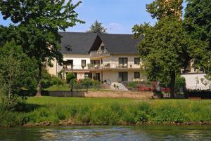 Gästehaus Dietmar Clüsserath - Horath
