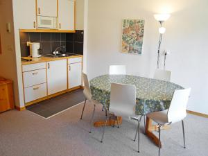 Apartment Mont Fort 43, Apartments  Siviez - big - 7