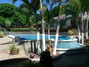 Grace's Guest House, Higuito