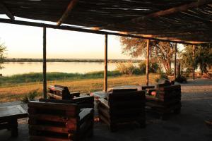 The Big 5 Chobe Lodge, Turistaházak  Kasane - big - 3