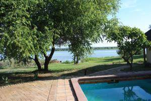 The Big 5 Chobe Lodge, Turistaházak  Kasane - big - 2