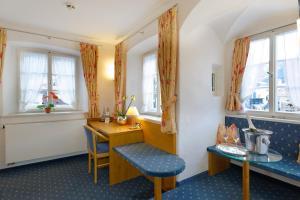 Hotel Alte Post, Hotely  Oberammergau - big - 23
