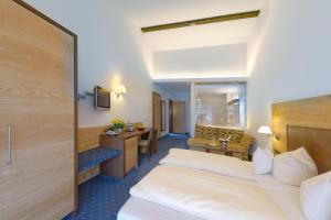 Hotel Alte Post, Hotely  Oberammergau - big - 10