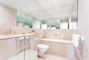 onefinestay - South Kensington private homes III, Апартаменты  Лондон - big - 123