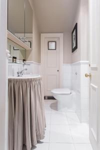 onefinestay - South Kensington private homes III, Апартаменты  Лондон - big - 122