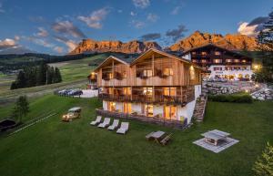 Hotel Rezia - La Villa