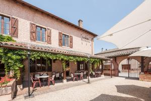 Accommodation in Corcelles-en-Beaujolais