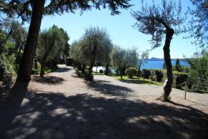 La Villa Fasano, Aparthotels  Gardone Riviera - big - 54
