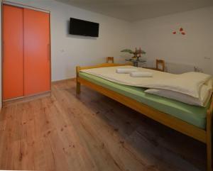 Hostales Baratos - Guesthouse Stremljan