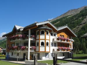 Haus Alpenstern - Apartment - Saas-Grund
