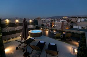 47 Luxury Suites, Афины