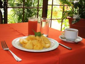 La Posada del Arcangel, Bed & Breakfasts  Managua - big - 74
