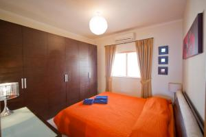 Ascot By The Sea, Apartmány  St Paul's Bay - big - 14