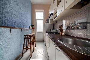 Modern 2BR Apartment in Central Lviv
