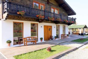 Landhaus Bed&Breakfast - Accommodation - Vi?eu de Sus