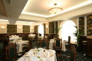Grand Hotel London, Отели  Варна - big - 33