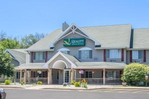 Accommodation in East Troy