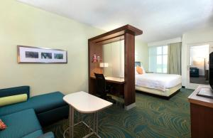 SpringHill Suites Orlando at Flamingo Crossings (13 of 24)