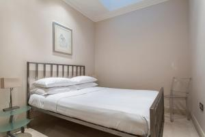 onefinestay - South Kensington private homes III, Апартаменты  Лондон - big - 119