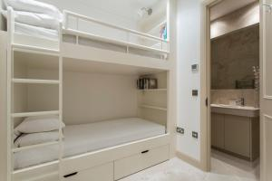 onefinestay - South Kensington private homes III, Апартаменты  Лондон - big - 100