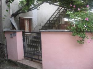 Nel Borgo Di Villa Di Pignone - AbcAlberghi.com