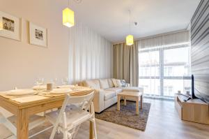Dom House Apartments Baltiq Plaza
