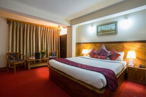 Hotel Golden Sunrise & Spa, Hotels  Pelling - big - 47