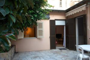 Pavillon Lilly