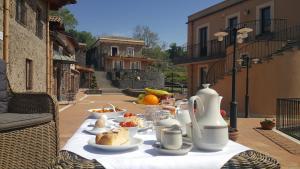 Antico Borgo Petralia - AbcAlberghi.com