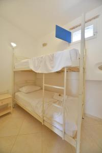 One-Bedroom Apartment (4 Adults) with Garden View