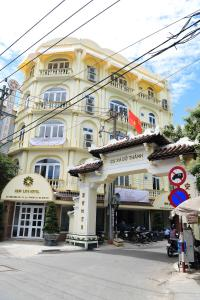 New Life Hotel