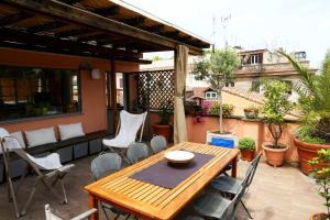 Fienaroli Apartment - abcRoma.com