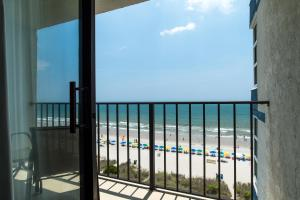 Carolinian Beach Resort, Hotely  Myrtle Beach - big - 71