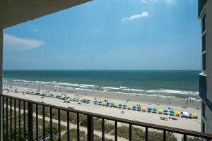 Carolinian Beach Resort, Hotely  Myrtle Beach - big - 72