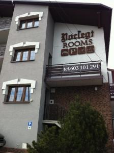 Route 7 Rooms