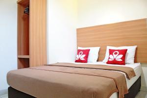 ZEN Rooms Bontolangkasa, Гостевые дома  Макасар - big - 3