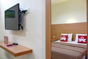 ZEN Rooms Bontolangkasa, Гостевые дома  Макасар - big - 10