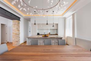 Luxurious Riva Dalmatia Apartments, Apartmány  Split - big - 4