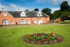 Mercure Warwickshire Walton Hall Hotel & Spa (32 of 120)