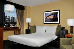 DoubleTree Suites by Hilton NYC - Times Square, Hotely  New York - big - 39