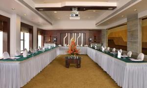 The Corinthians Resort & Club, Курортные отели  Пуна - big - 54