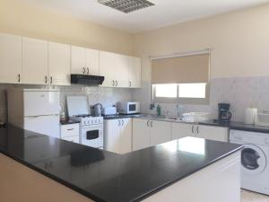 Himonas Apartments, Апартаменты  Писсури - big - 64