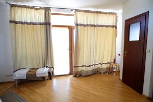 Pensiunea Anastasia, Guest houses  Jurilovca - big - 15