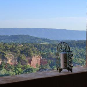 obrázek - Une hirondelle en Provence