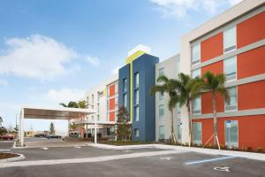 Home2 Suites by Hilton Orlando International Drive South (23 of 24)
