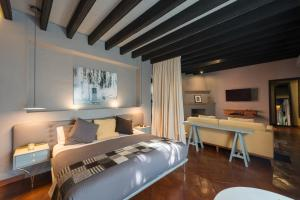 Dos Casas Hotel & Spa a Member..